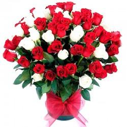 Florero de Rosas Rojas y Blancas 70 rosas