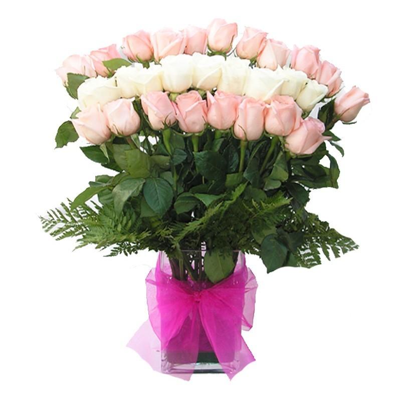 Florero de Rosas Blancas y Rosadas - 24 rosas