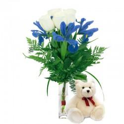 Florero con 4 Rosas Blancas 3 Iris y Peluche