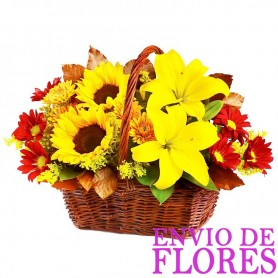 Cesta Mediana Girasoles Liliums y Mables