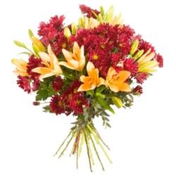 Ramo de Flores con 10 varas de Liliums Naranjos más Mables Rojos