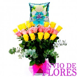 Florero con 24 Rosas Amarillas y Rosadas para Nacimiento con Globo Para Ñiño