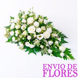 Arreglo de Flores para Condolencia con Rosas y Flores Blancas