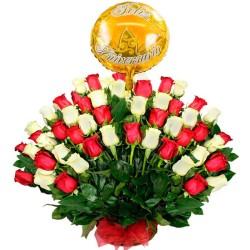 Canastillo para Aniversario 50 Rosas Blancas y Rojas