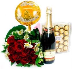 Ramo de 12 Rosas Rojas para Aniversario más Chocolates + Champagne + Globo