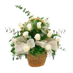 Cesta de Rosas Blancas 12