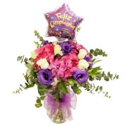 Florero de Cumpleaños con Hortensias y Rosas Blancas + Globo