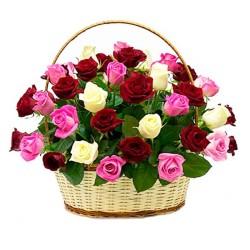 Cesta Redonda Tricolor de 30 Rosas Blancas Rojas y Rosadas