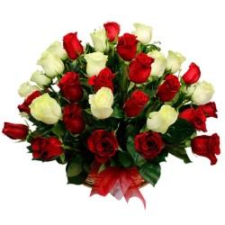 Cesta de 40 Rosas Rojas y Blancas