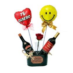 Cubeta de 1 Vino Casillero del Diablo más 1 Baileys Espresso 1 Rosa y 2 Globos
