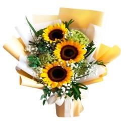 Ramo de 3 Girasoles Más Gipsofilia Flores del campo y Eucalipto