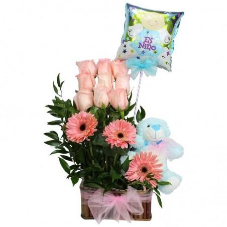 Canastillo con Rosas y Gerberas para Nacimiento
